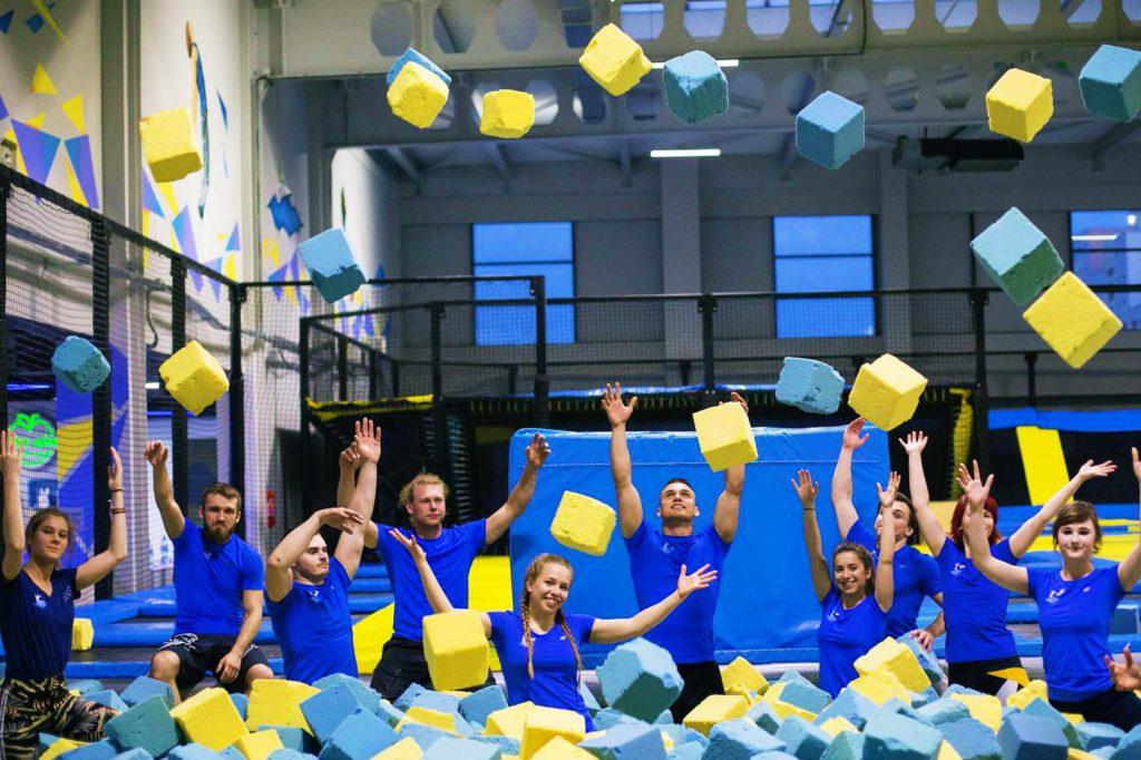 Półkolonie sportowe w parku trampolin – lato 2020